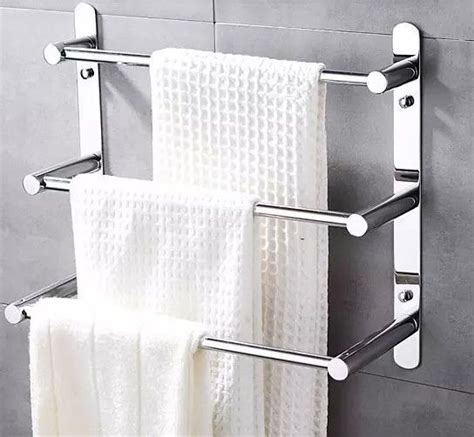 Towel Rack Ideas For Small Bathrooms by Best 25 Bathroom Towel Racks Ideas On Wood