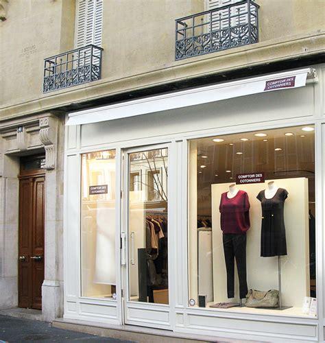 Comptoir Des Cotonniers Place Des Vosges by Global Brands Fast Retailing Co Ltd