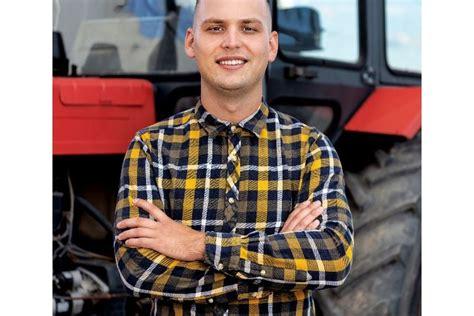 Lauksaimnieka izvēle - pirkt jaunu vai lietotu traktoru ...