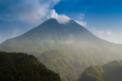 gunung merapi wikipedia bahasa indonesia ensiklopedia bebas