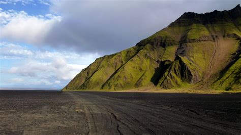Best Time To Visit Iceland When Is The Best Time To Visit Iceland Travel Guide To