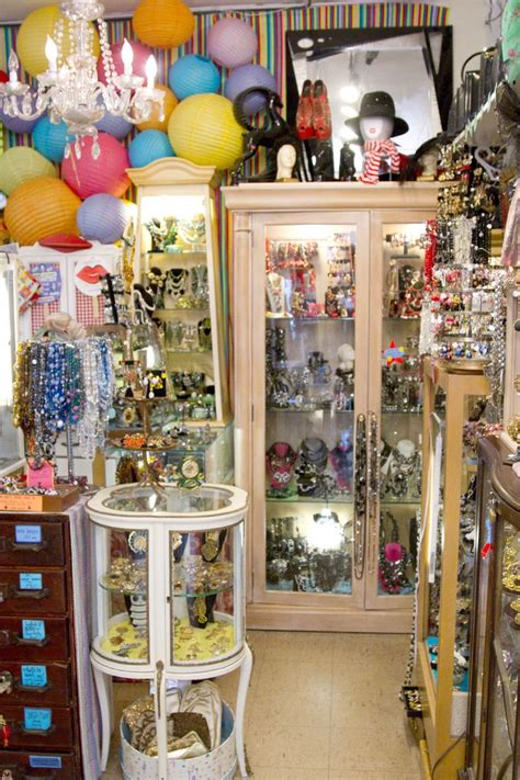360 best shop vintage jewelry 17 best images about vintage shops chicago on
