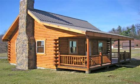Small Log Cabin by Small Log Cabins With Lofts Small Square Log Cabin With