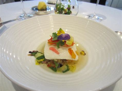 gordon ramsay cuisine of gigha halibut with atlantic king crab picture of