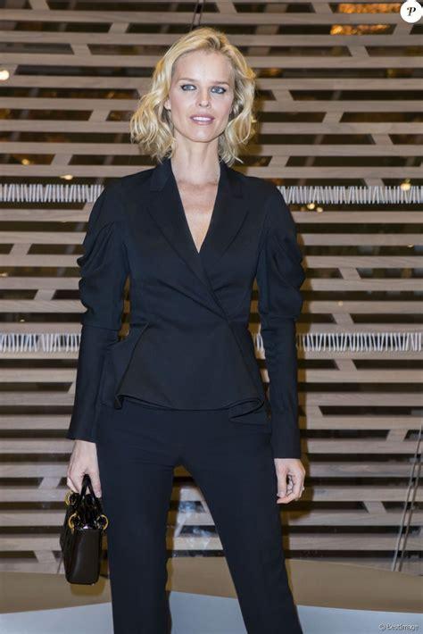 Daniela peštová (born 14 october 1970) is a czech model. Eva Herzigova - Dîner d'inauguration de l'exposition Icônes de l'Art Moderne. La Collection ...