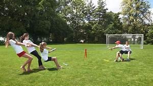 Spiele Für Draußen Kindergeburtstag : sport party spiele drinnen und draussen famigros ~ Frokenaadalensverden.com Haus und Dekorationen