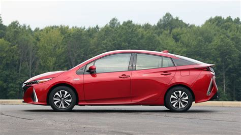2017 Prius Review 2017 toyota prius prime review the argument against cord