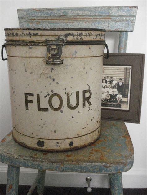boite cuisine vintage les 132 meilleures images du tableau boîtes anciennes sur cuisine vintage boîtes de