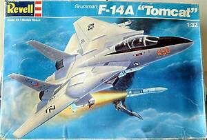 Revell Grumman F-14A Tomcat | Large Scale Planes