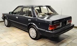 4 Door Sports Car  1986 Nissan Maxima