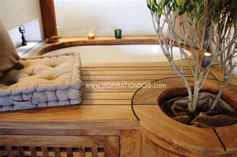 meuble bibliothèque bureau intégré habillage de baignoires et spas sur mesure en bois