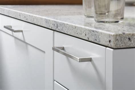 contemporary kitchen door handles carr 201 fs topos leicht k 252 chen berlin leicht k 252 chen 5719
