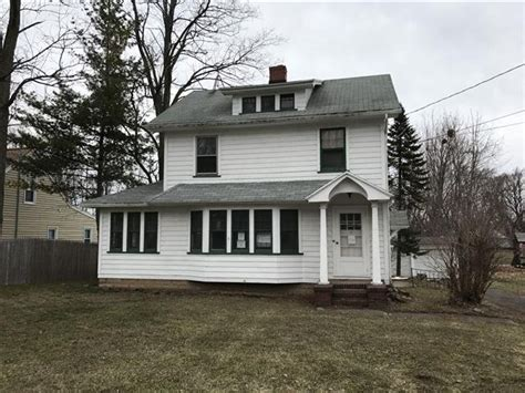 House For Rent In 1652 Buffalo Rd