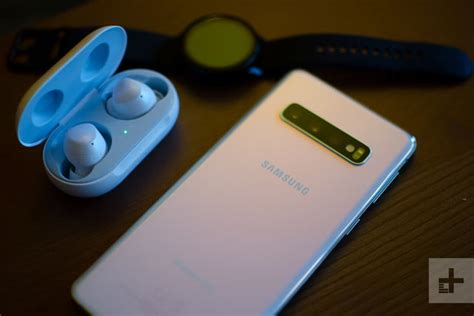 samsung galaxy s10 review the middle child digital trends