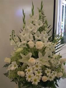 Best 20 Funeral Flower Arrangements Ideas On Pinterest