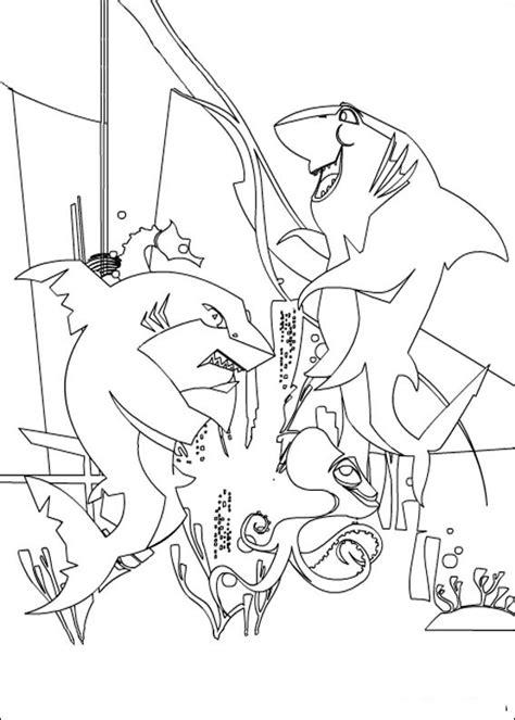 dibujos animados  colorear el espanta tiburones