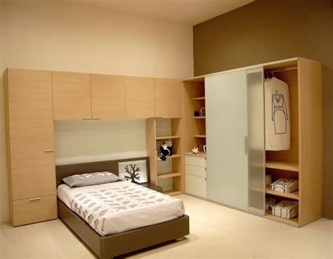 beautiful small bedroom designs with wardrobe home designs ideas wardrobe designs for small