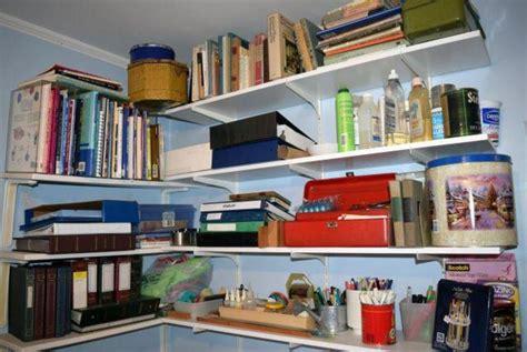 auction ohio shelves art supplies books