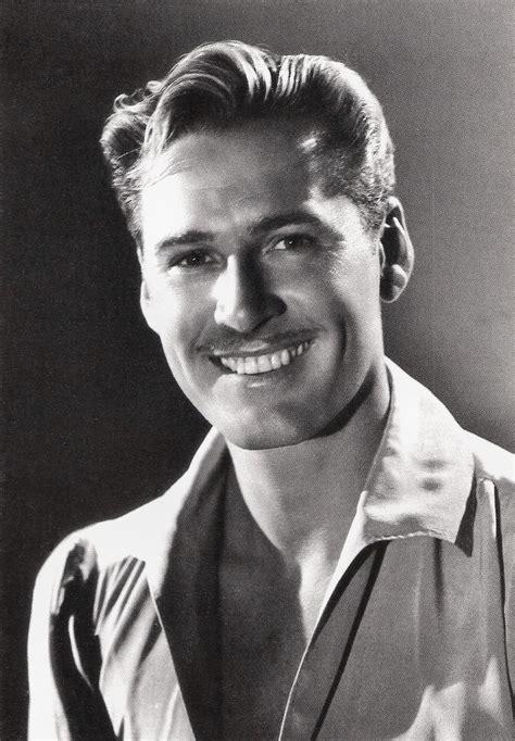 Errol Flynn Age, Net Worth, Height, Movies, Son, Children ...