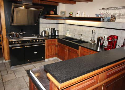 cuisines andré cuisine granit noir avec évier massif 10 15