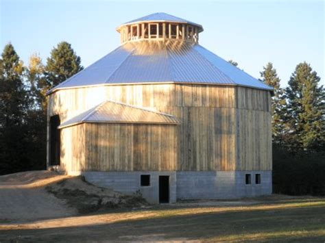 The Farmers Shed Sc by Historic 12 Sided Barn Municipality Of Huron Shores