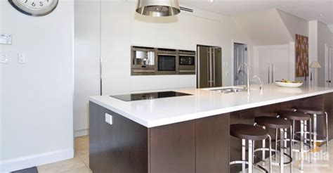 contemporary kitchen island designs contemporary island kitchen 3 5723