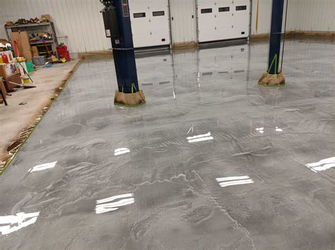 We offer the best in durable premium quality resins backed by a lifetime. Epoxy Floor Coating Southern Wisconsin   Epoxy Floor