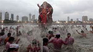 Hindu festival Ganesh Chaturthi ends with immersion of ...