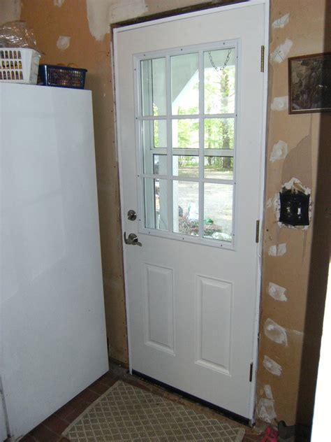 Entry Door With Window by Inspiring Exterior Doors With Windows That Open 11
