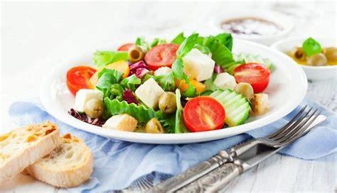 Kad ir vēlme pēc kā vienkārša, bet garšīga - salātu un ...