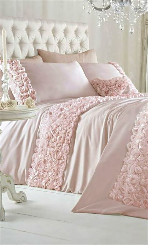 pink shabby chic bedroom 350 best images about headboards on pinterest tufted bed 16754 | 2b2fdcba63e4b4f0f2916e670b7f674e pink bedroom decor shabby chic bedrooms