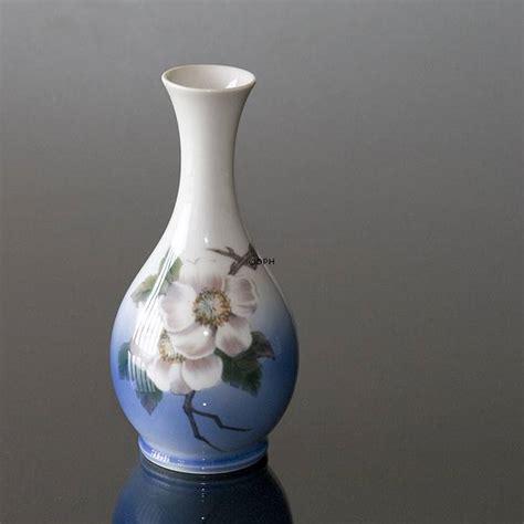 royal copenhagen vases vase with flower royal copenhagen no r2630 51 dph