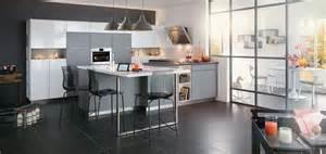 cuisine moderne sur mesure aménagement de cuisine en u mobalpa