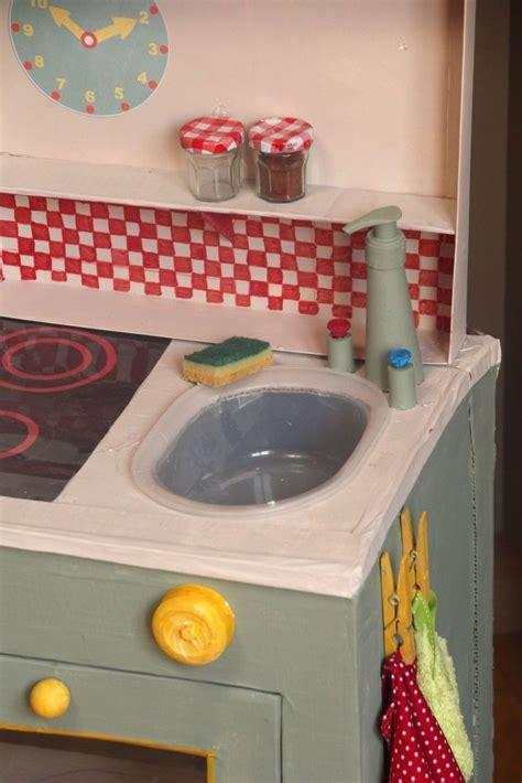fabriquer cuisine pour fille free cuisine en pour enfants cardboard children