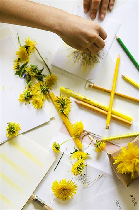 nature craft  kids lets paint  dandelions willowday