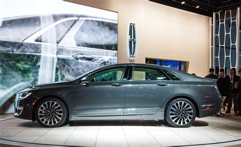 lincoln mkz price  perfomance   car