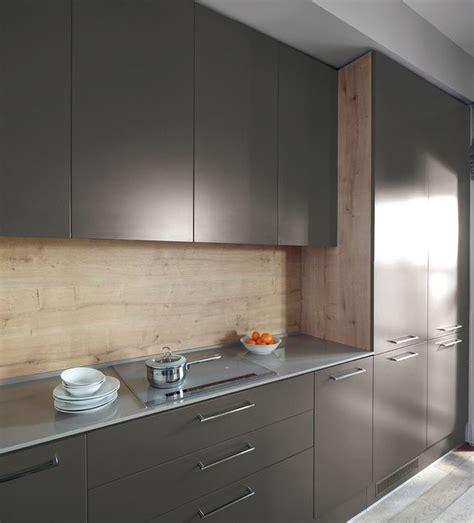 cuisine customiser relooker un meuble de cuisine nos 8 conseils pratiques