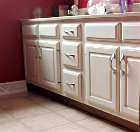 best paint for bathroom cabinets great ideas diy inspiration 4 pallet furniture