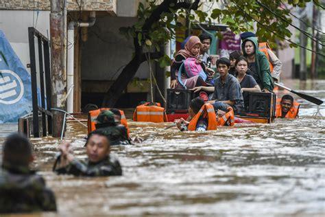 bencana banjir awal    mudah siapkan dana darurat