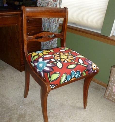 tissus cuisine tissus pour chaise de cuisine idées de décoration
