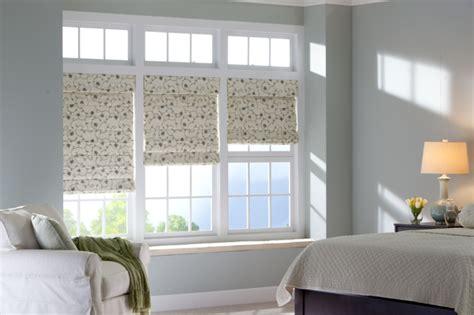 Fenster Sichtschutz Schlafzimmer by Fenster Sichtschutz Rollos Plissees Jalousien Oder