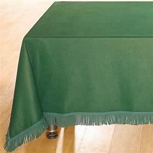 Tapis A Frange : tapis de table prestige vert ou grenat avec ou sans franges doublet ~ Teatrodelosmanantiales.com Idées de Décoration