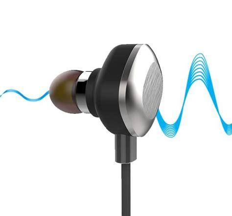 Boat Earphones by Boat Rockerz 250 In Ear Bluetooth Headphones With Mic