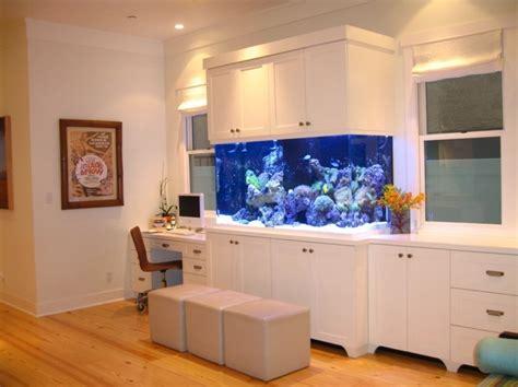 chambre aquarium grand aquarium maison dootdadoo com idées de
