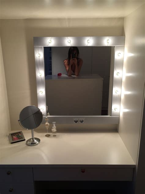 light up mirror with make up mirror with lights vanity mirror in many colors