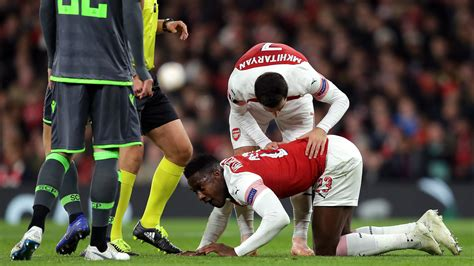 Danny Welbeck injury: Ankle break and surgery confirmed in ...
