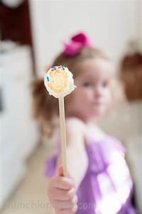 Cake Pop Form : easy vanilla cake pops recipe for babycakes cake pops maker ~ Watch28wear.com Haus und Dekorationen