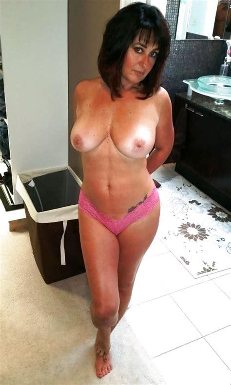 Sexy Busty Mature Brunette Milf Pics XHamster