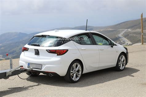 Opel Opc 2019 by 2019 Opel Astra Facelift Spied Doing Some Towing