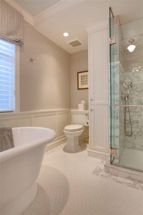 benjamin moore collingwood bathroom traditional with flush